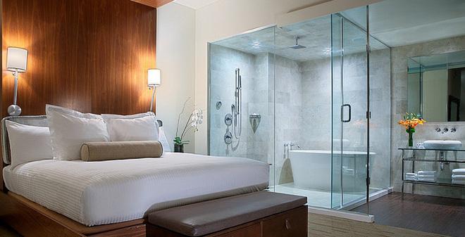 Vì sao những khách sạn sang trọng thường sử dụng phòng tắm kính trong suốt