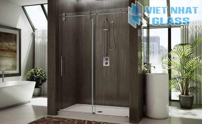 Phòng tắm kính cường lực 16