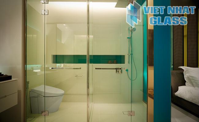 Phòng tắm kính cường lực 21